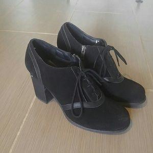 Reba Black suede shoes